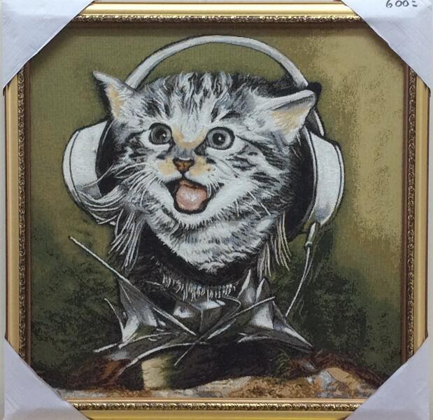 Музыкальный котёнок