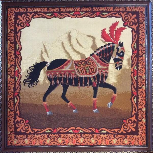Восток Конь