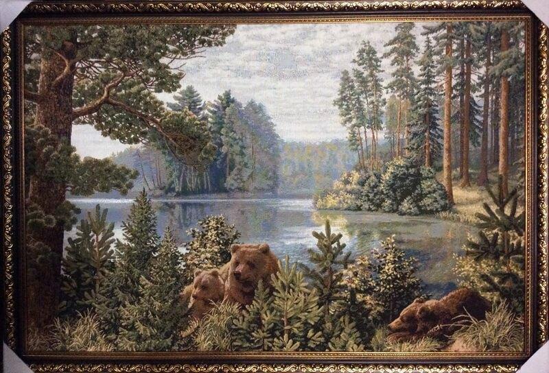 Бор на озере